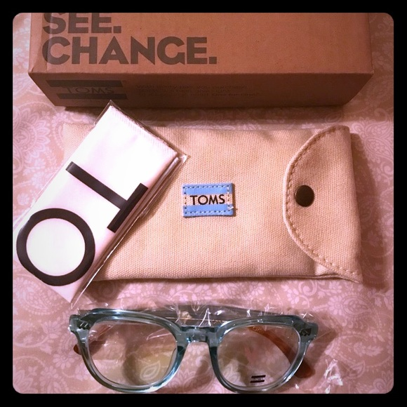 7e7bccc3c9e1 TOMS  ROPER  OPTICAL GLASSES